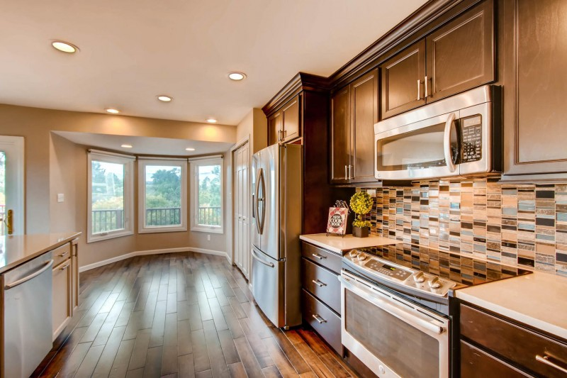 133 Dolomite Dr Colorado-large-004-11-Kitchen-1500×1000-72dpi